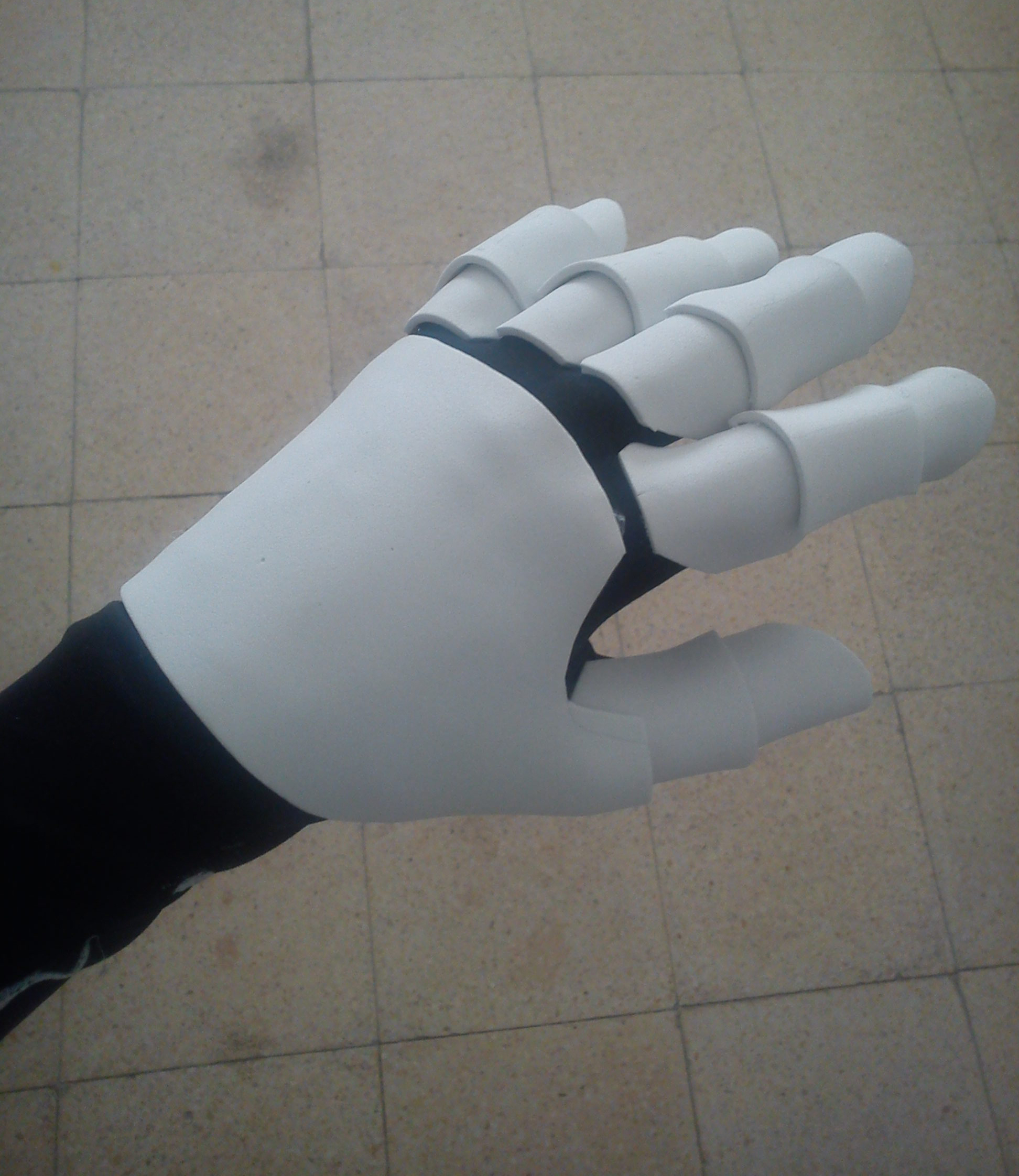 Picture of Gluing the Hand