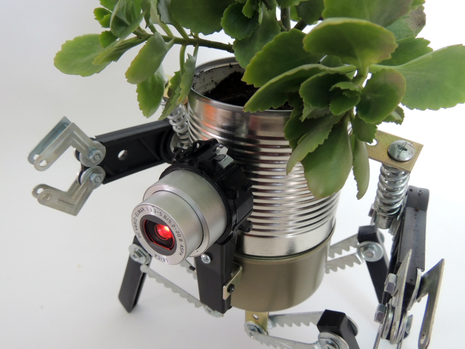 Picture of Ultimate Robo-Planter (with Light and Detachable Anti-spill Module)
