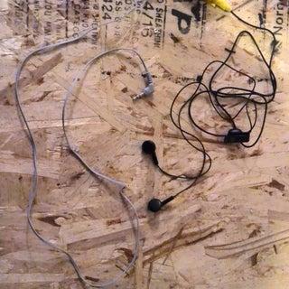 #1 How to Repair or Fix Headphones (Headphone Jack)
