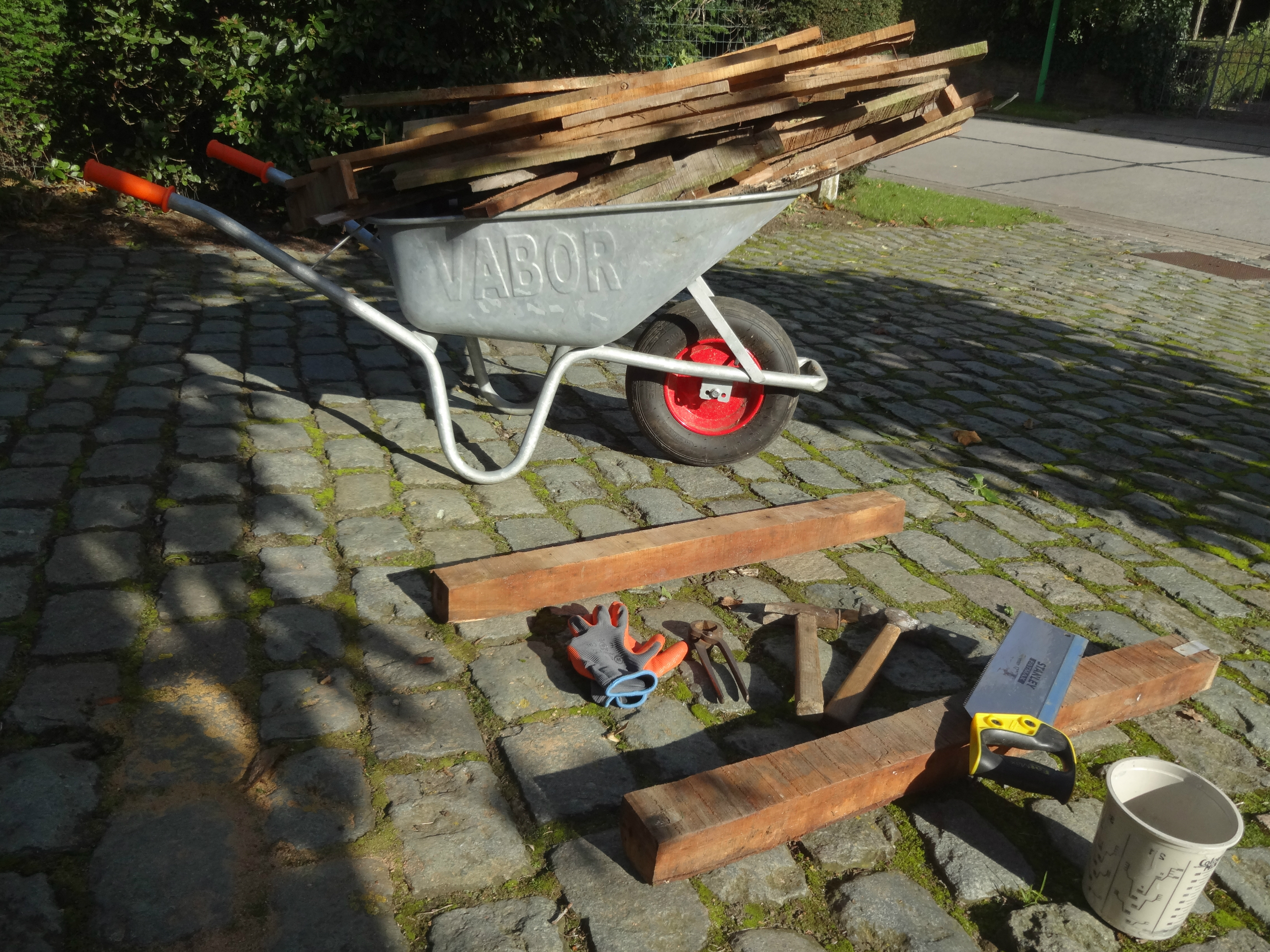 Picture of Dismantle Your Reclaimed Wood of Choice