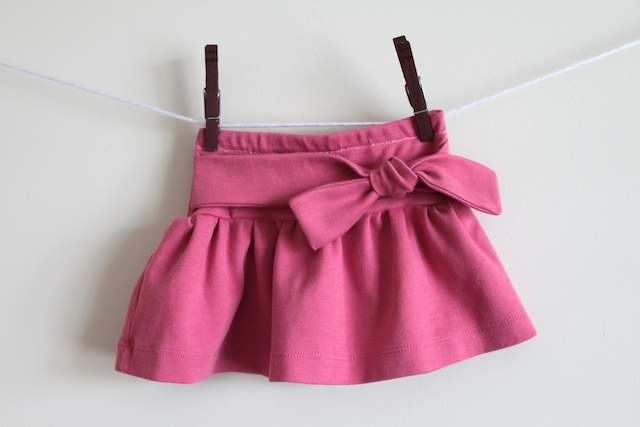 Picture of Knot-Me Tie Skirt Tutorial
