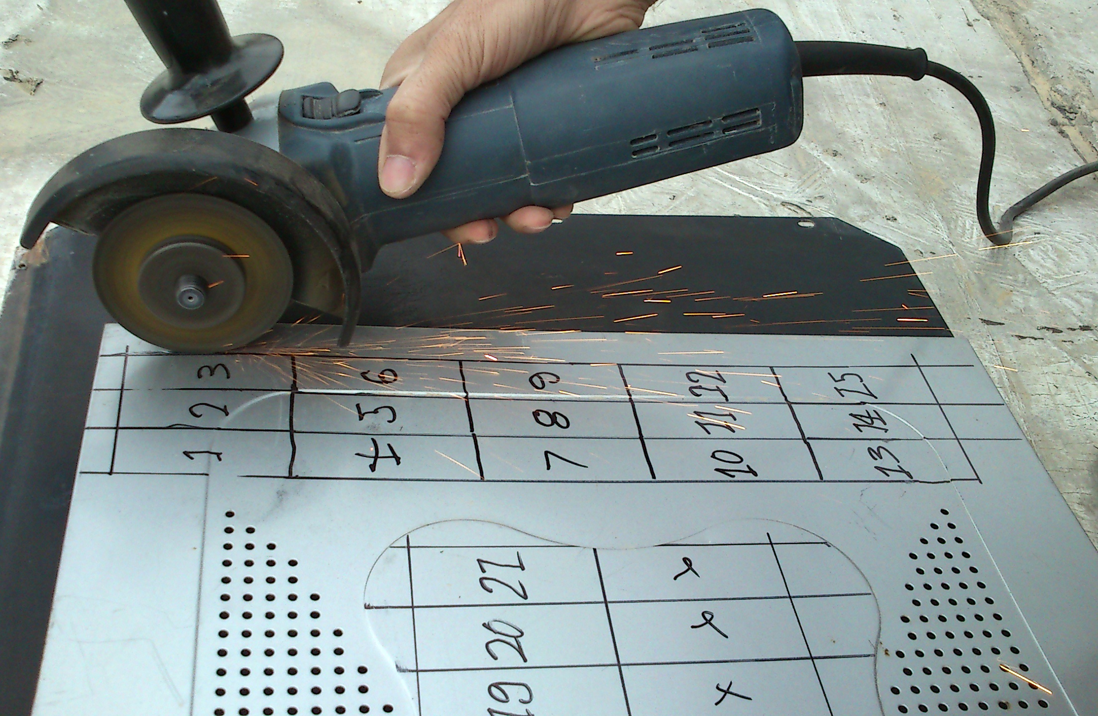 Picture of Cutting Metal Sheet