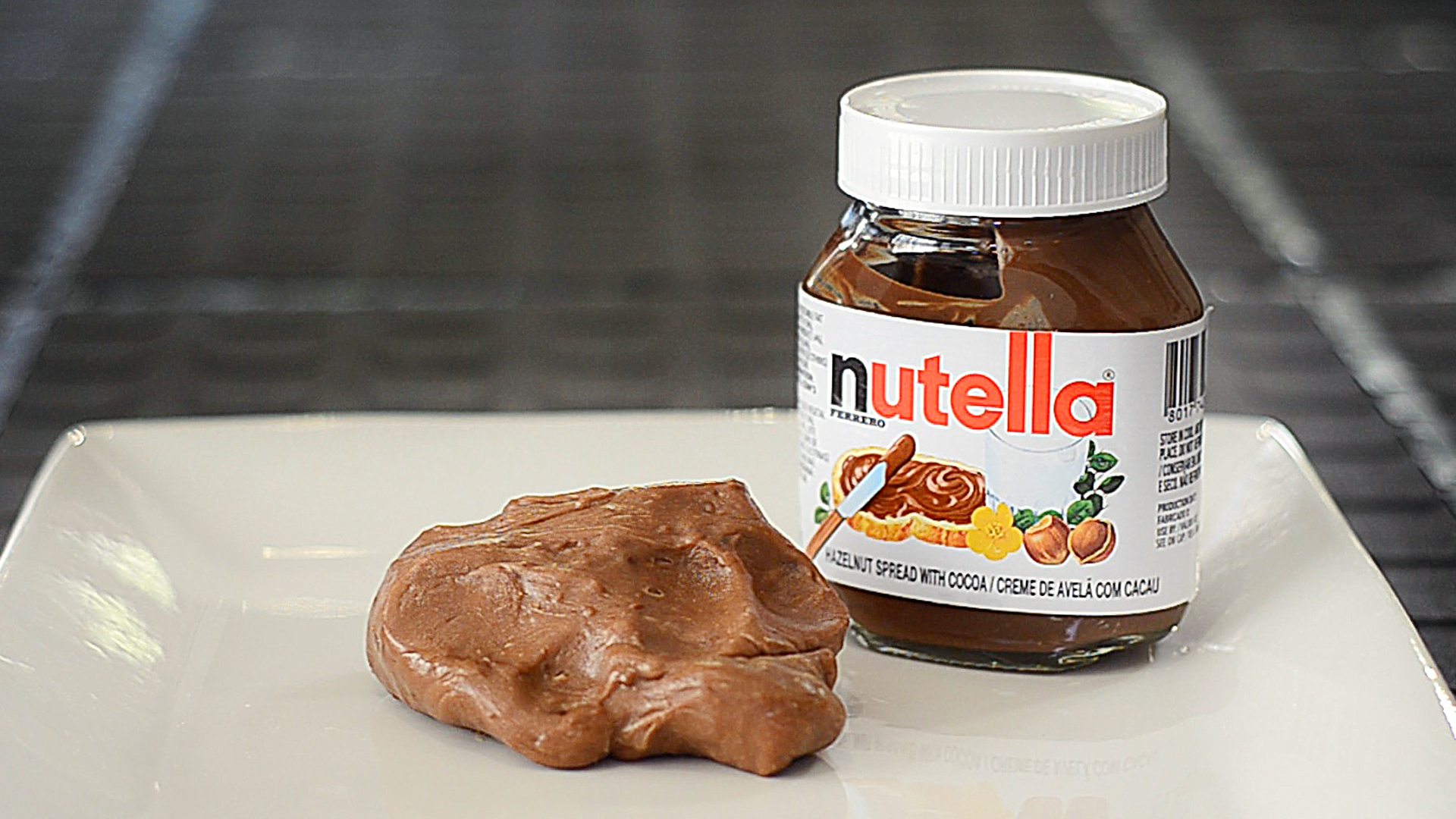 Picture of Edible Nutella Slime / Play Doh