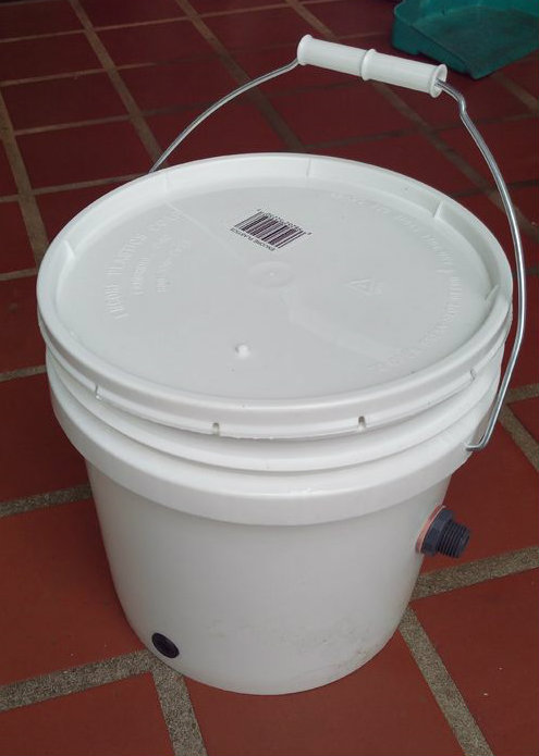 Picture of Water Level and Storage Buckets