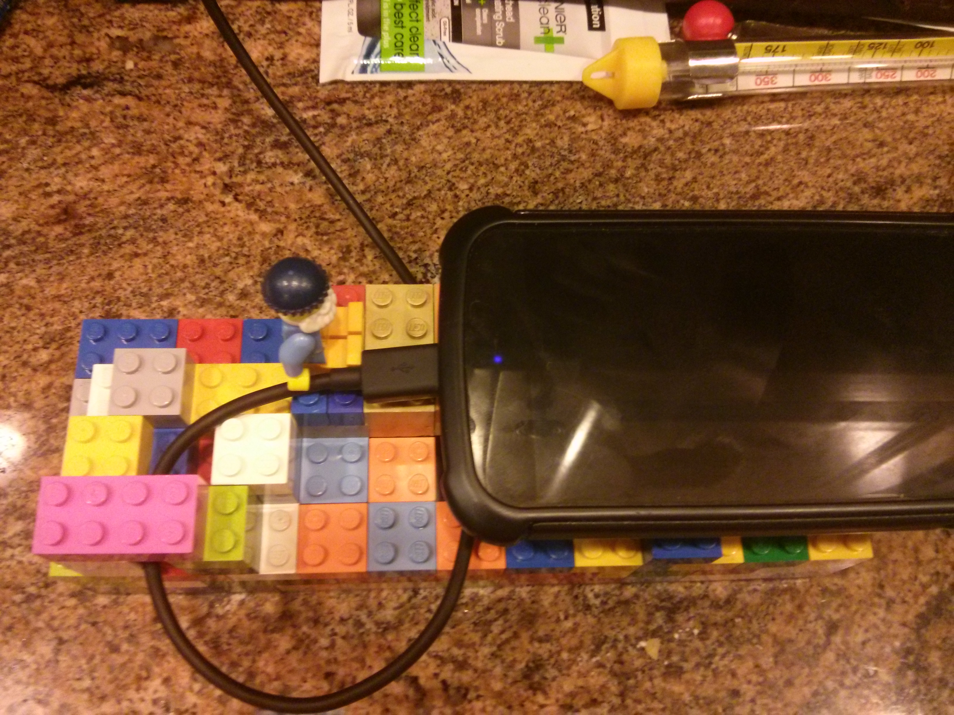Picture of How to Make a LEGO® Phone/tablet Charger