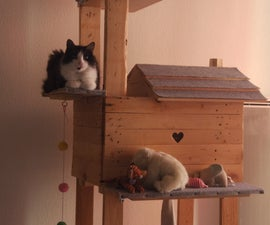 Pallet Cat House on Stilts