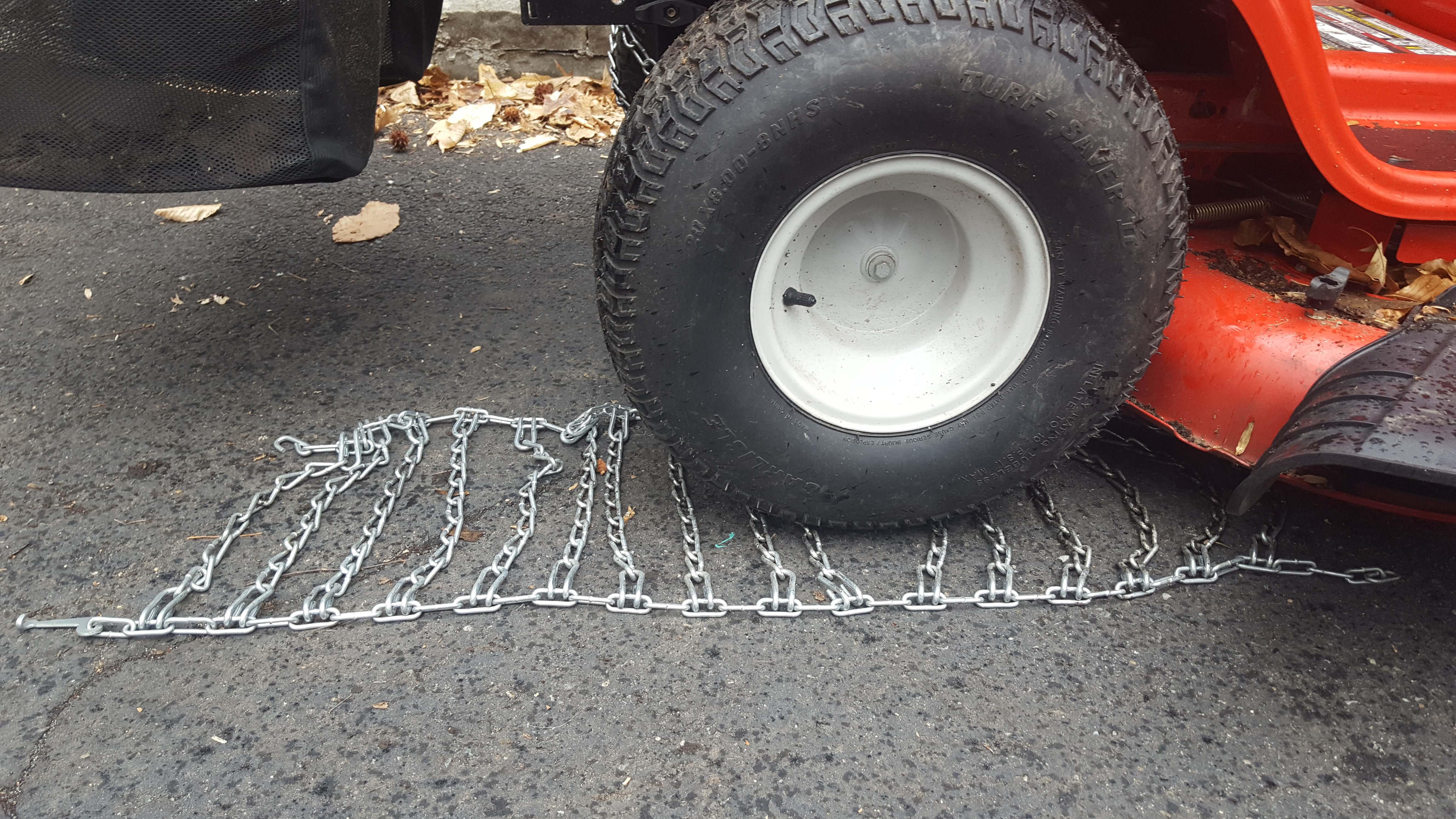 Picture of Position Your Tractor Over the Chain.
