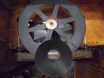 "Creating a Model of ""kinetoscope"" T.Edison"