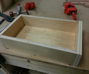 Making a Small Toolbox From Scavenged Wood.