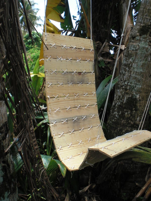 Paracord Laced Pallet, Hanging Chair