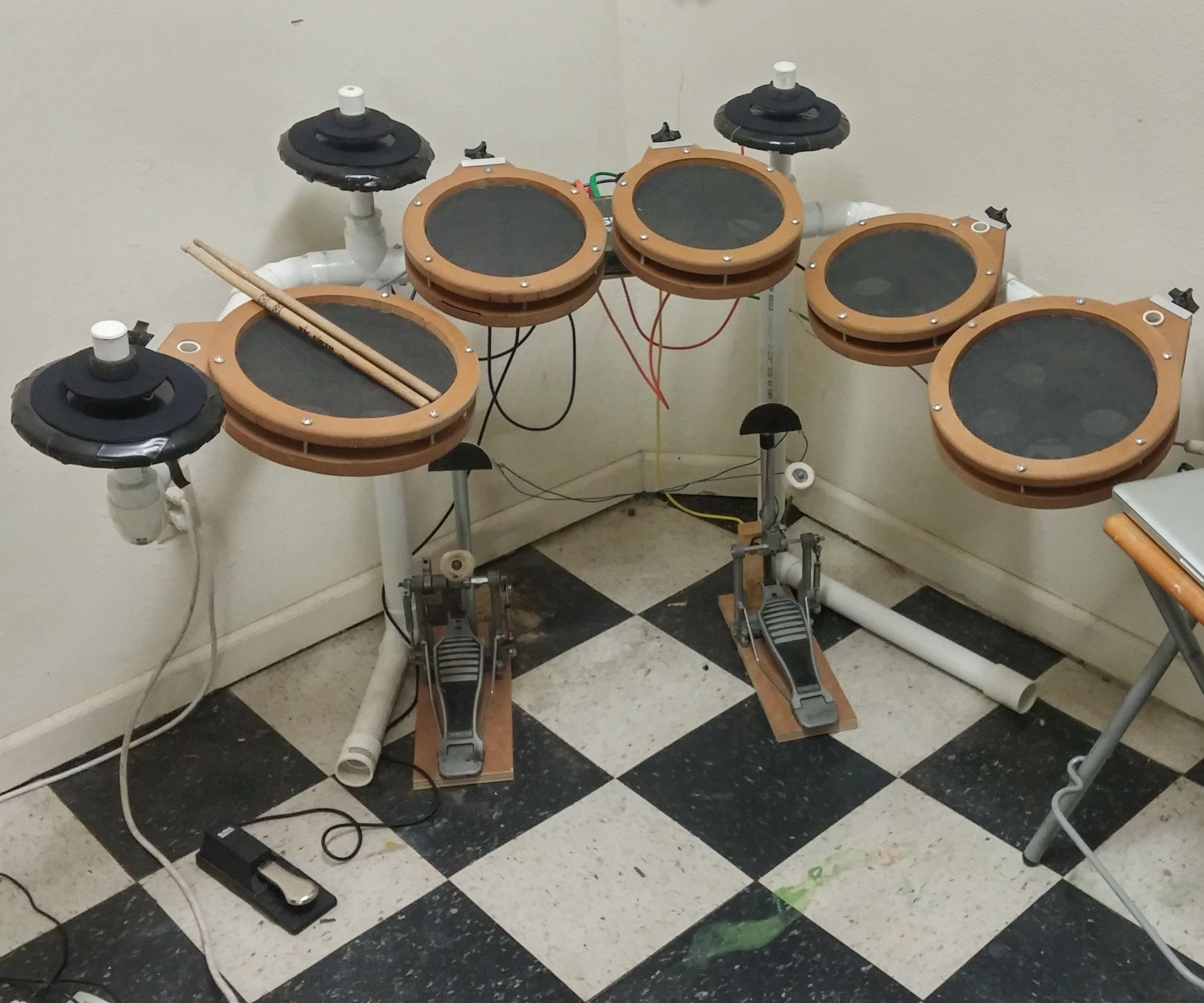 Homemade Electronic Drum Kit 7 Steps With Pictures Wwwhomemadeelectronicscom