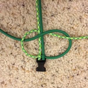 Make a Paracord Bracelet - Step 3
