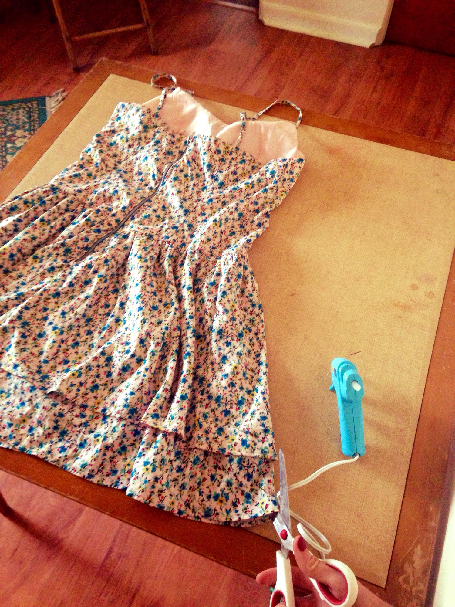 Picture of Flip Dress Over