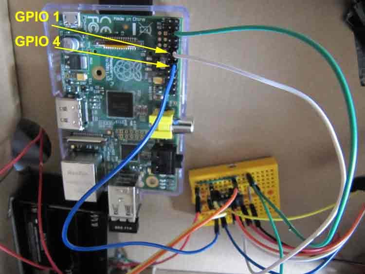Picture of Wire Raspi Motor Back Control GPIO Pin to Breadboard