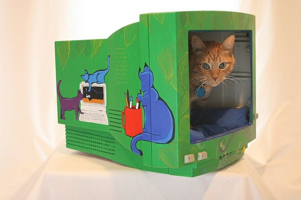 Make a Cat Bed From a Computer Monitor