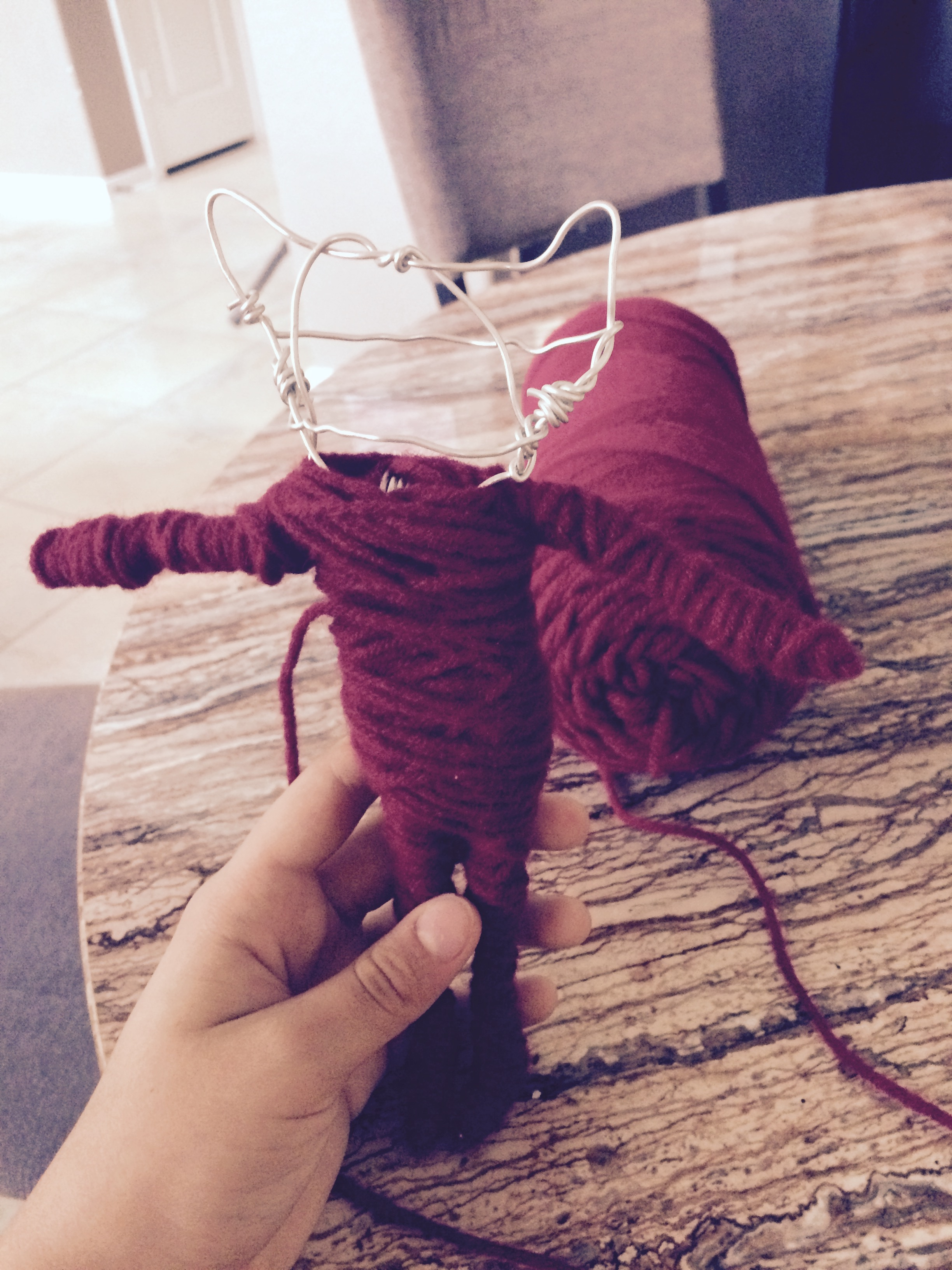 Picture of Wrap the Arms in Yarn