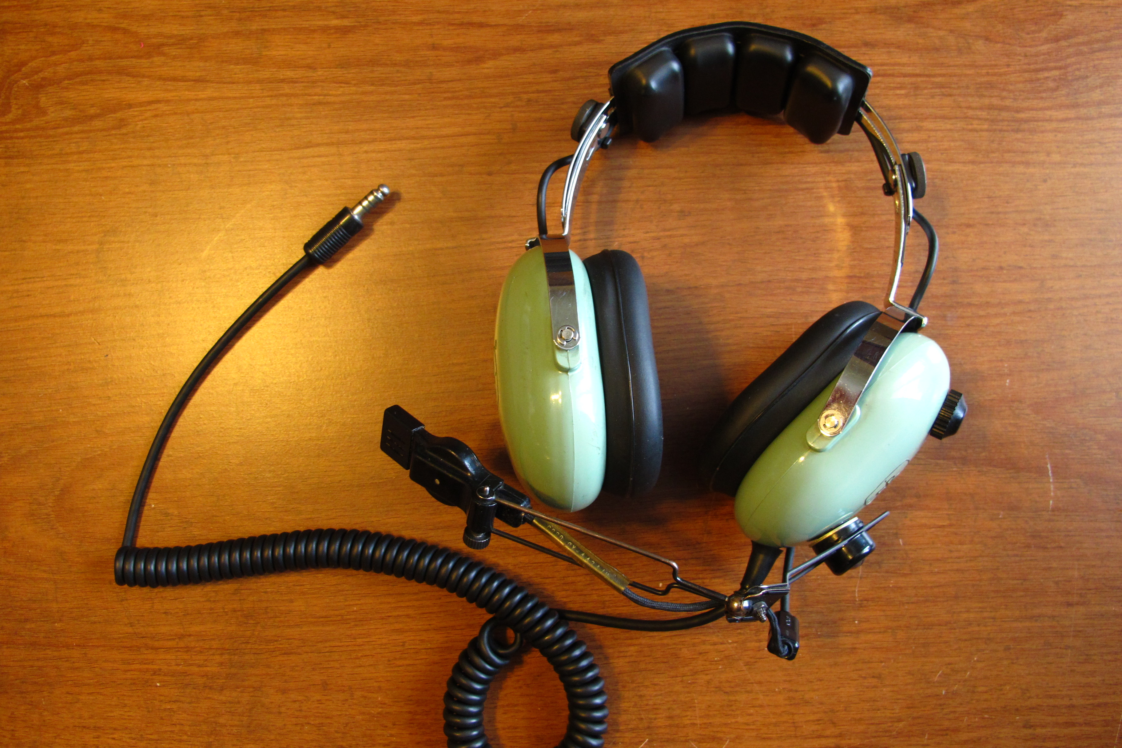 Picture of Purchase a Military or Aviation Grade Headset