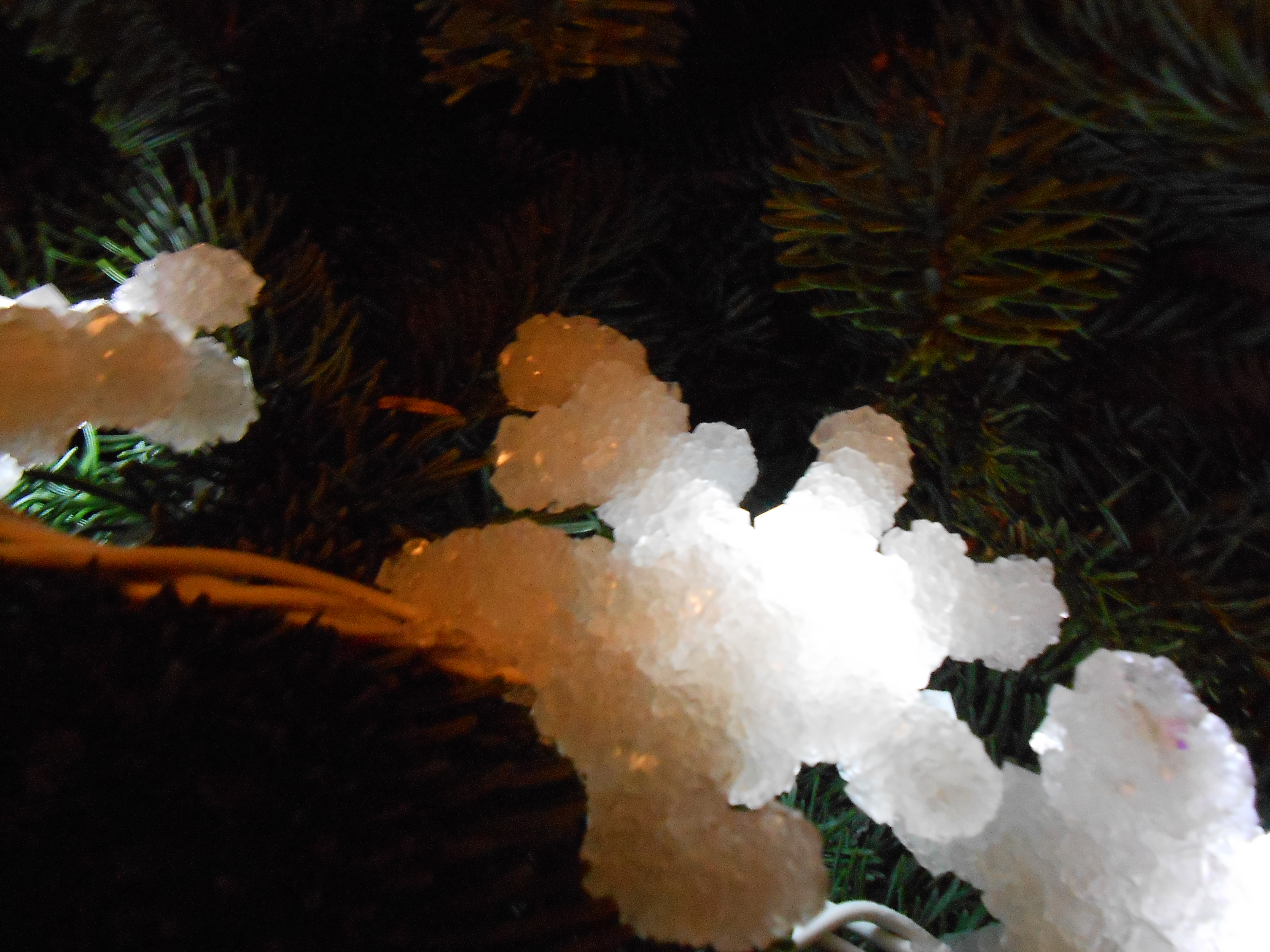 Picture of LED Lit Crystal Decorations