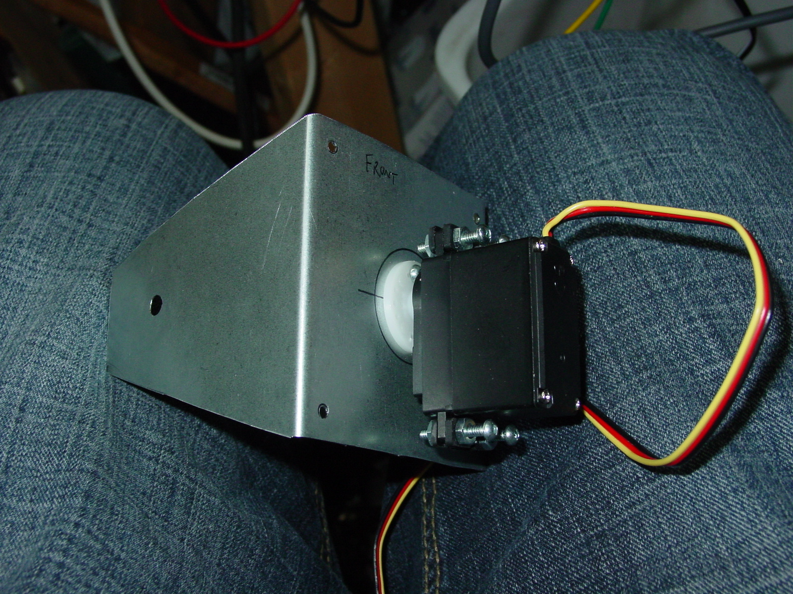 Picture of Mount the Pan Servo