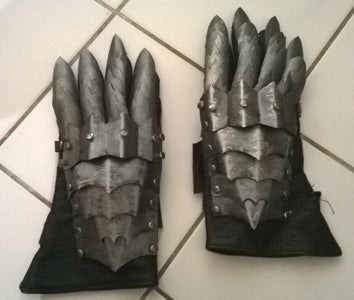 Nazgul Gloves in Worbla