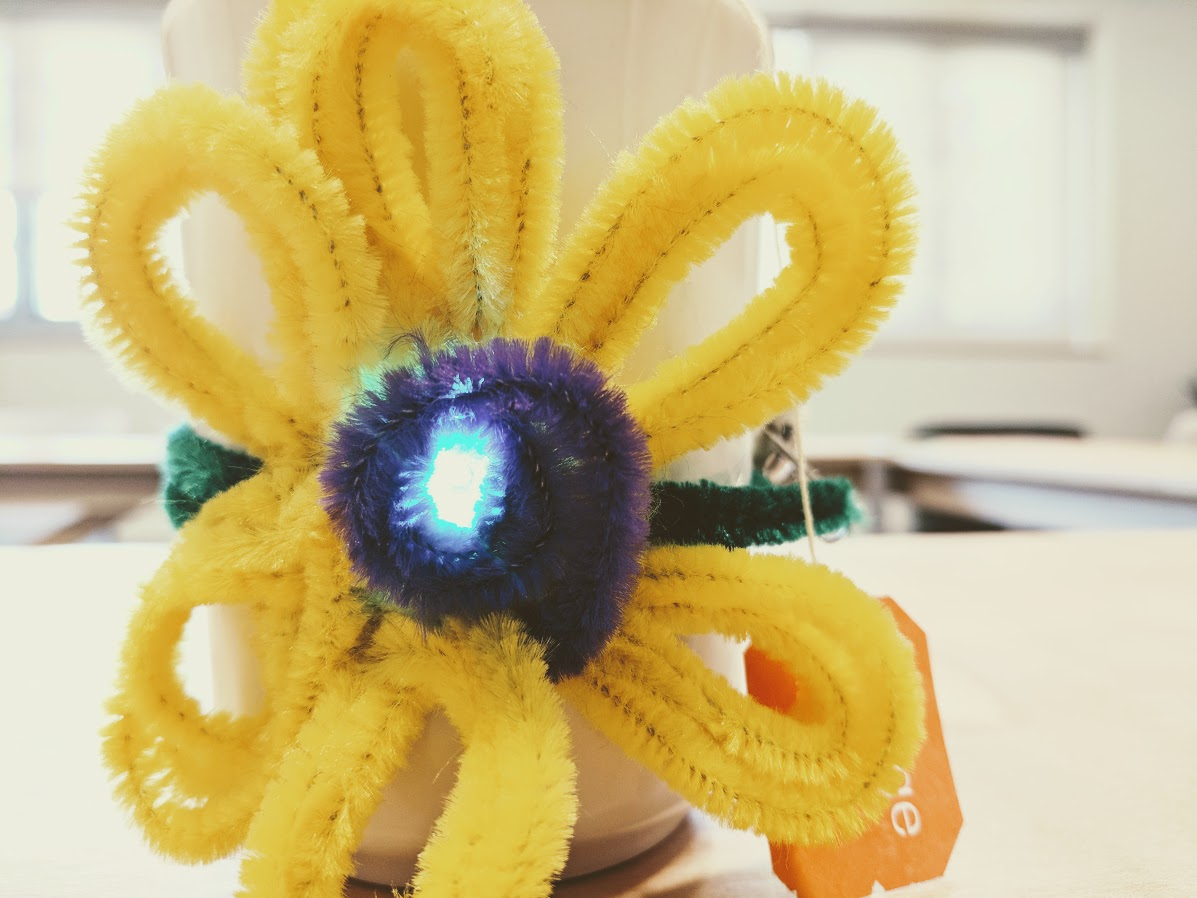 Picture of LED Flower Tea Cozy for Mother's Day