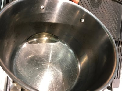 Oil the Pot