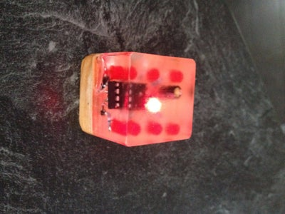 Dice ATTINY85 Charlieplexing