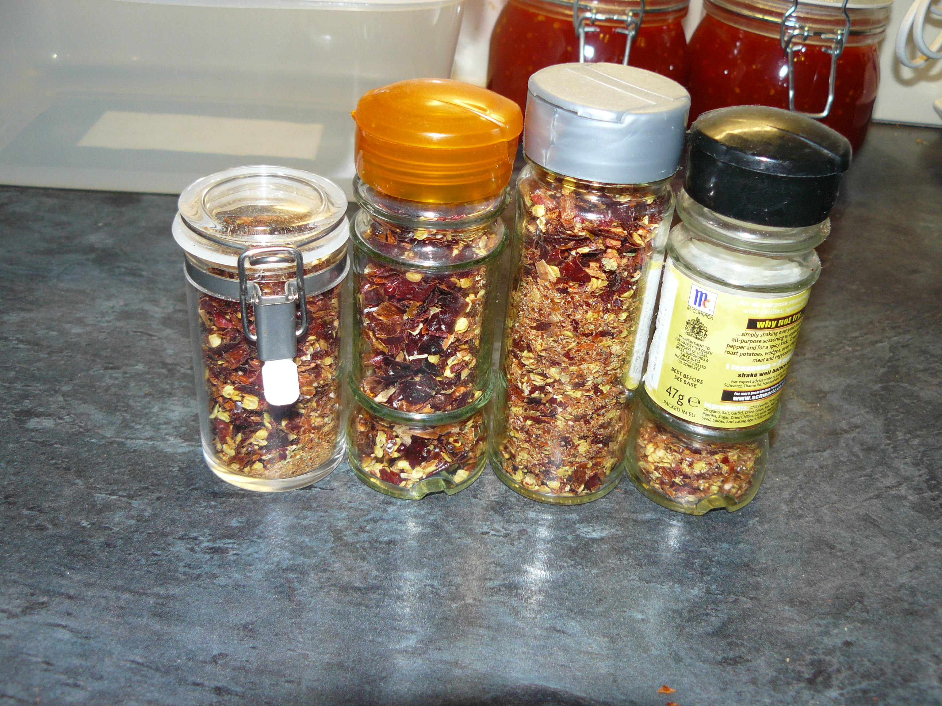Picture of Chilli Flakes and Powder