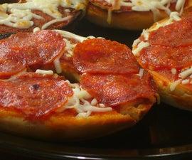 [Collegiate Meals] Bagel Pizza