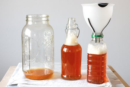Bottling and Carbonating Your Kombucha
