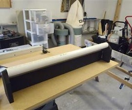 Table saw outfeed roller
