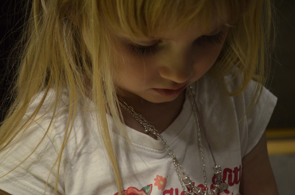 Picture of How to Choose the Right Jewelry for Your Children