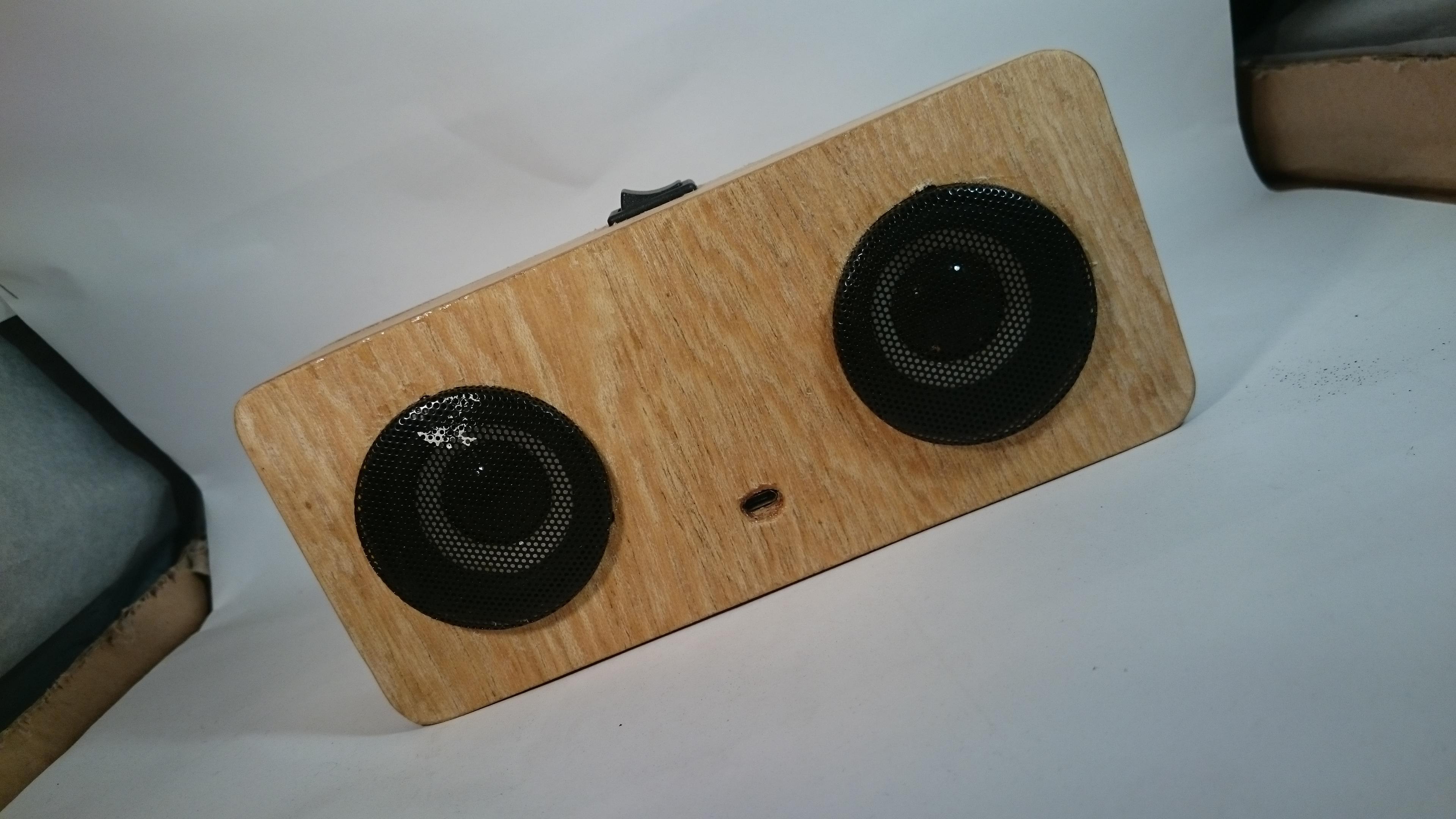 Picture of JIGGLYPUFF Bluetooth Speaker