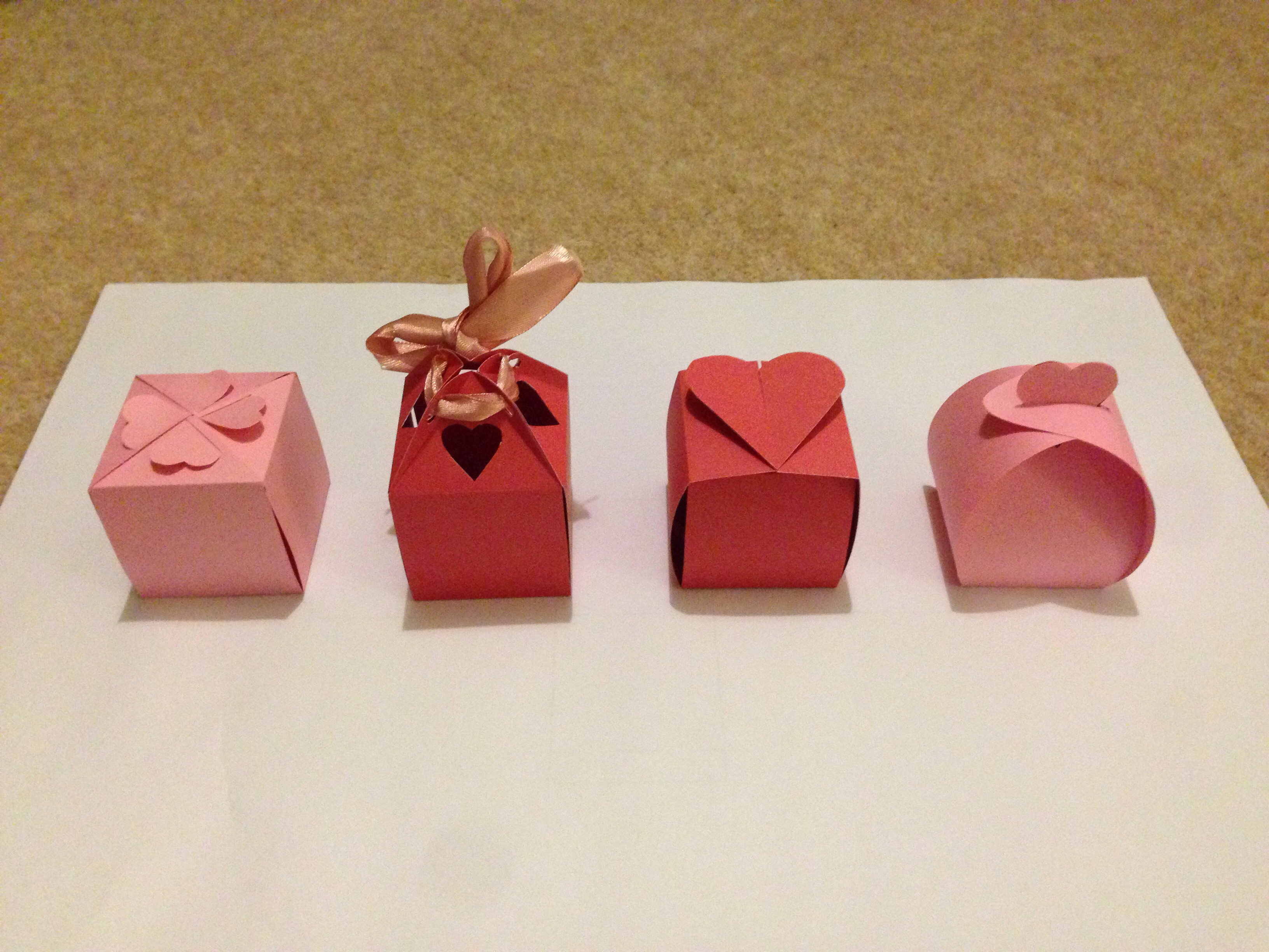 Picture of No Glue Valentines Boxes
