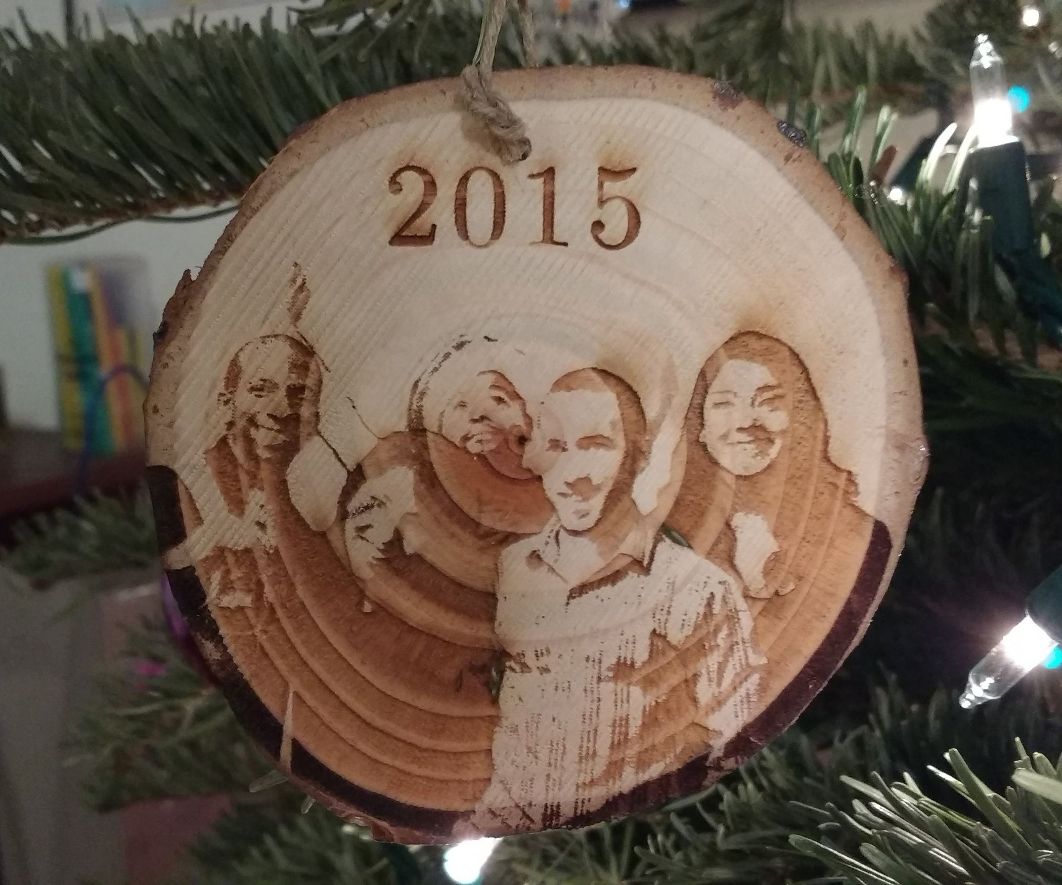 Laser Engraved Christmas Ornament: 6 Steps (with Pictures)