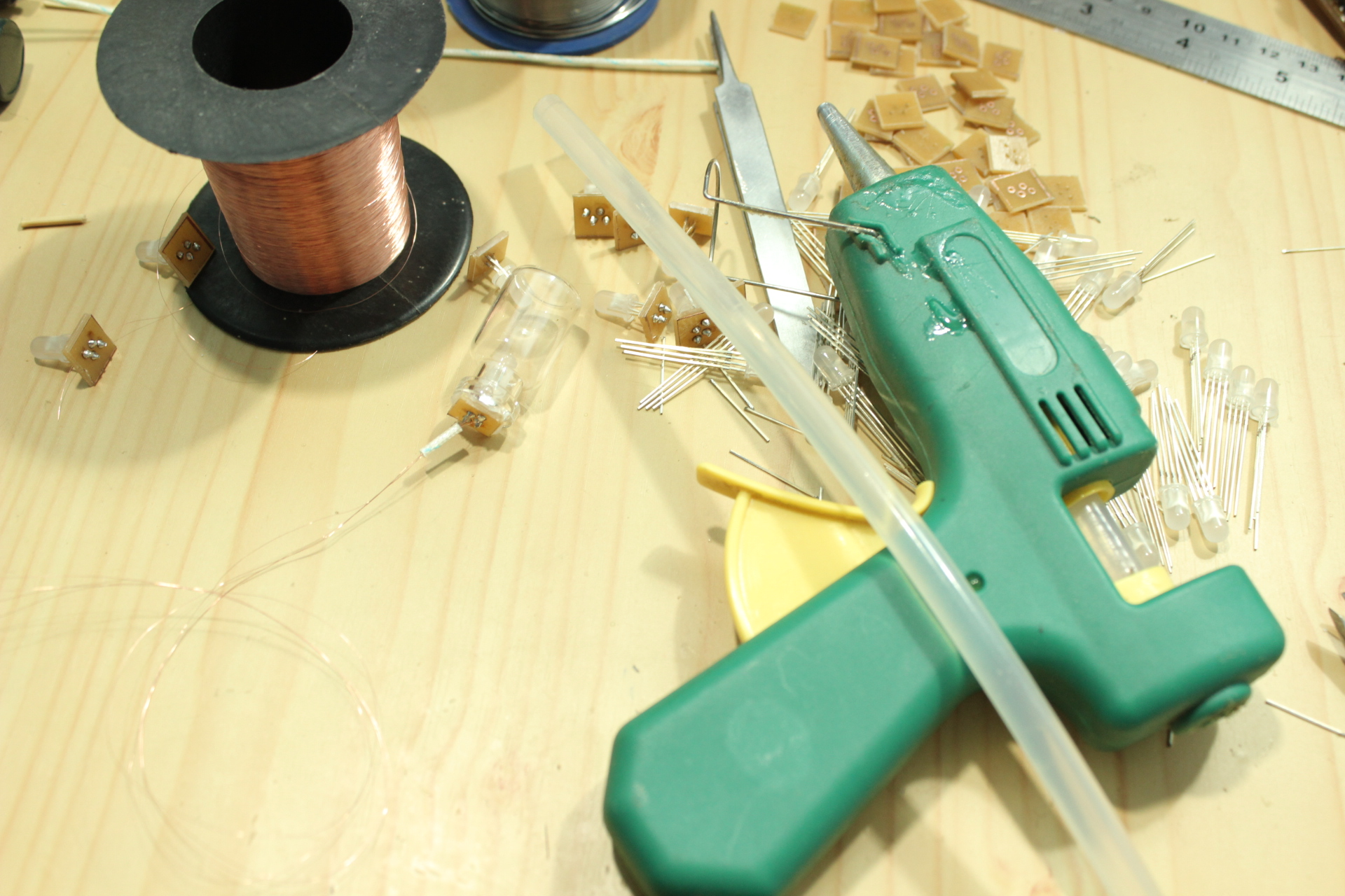 Picture of Hot Glue and Gun