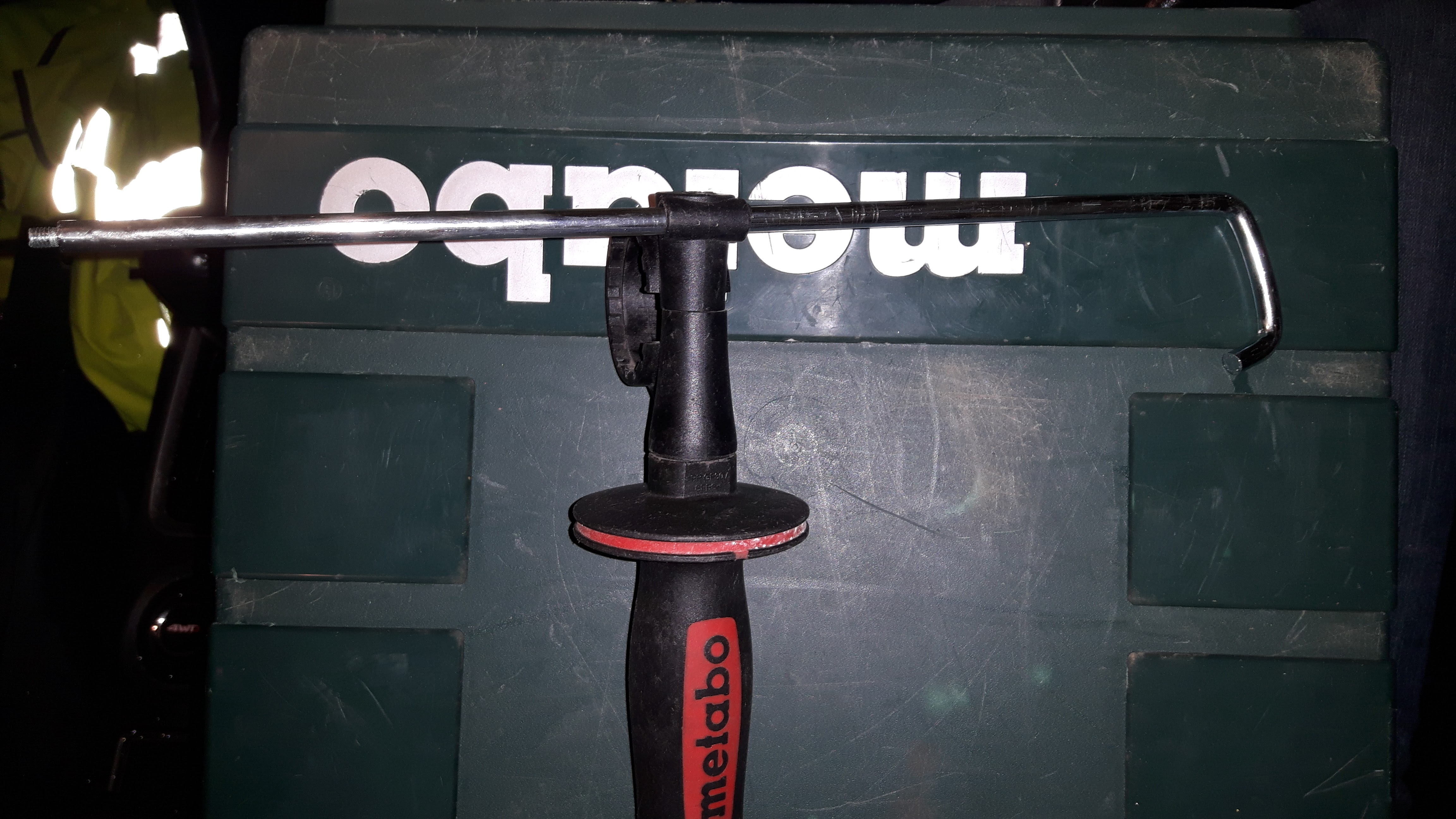 Picture of Prep the Gun and the Handle