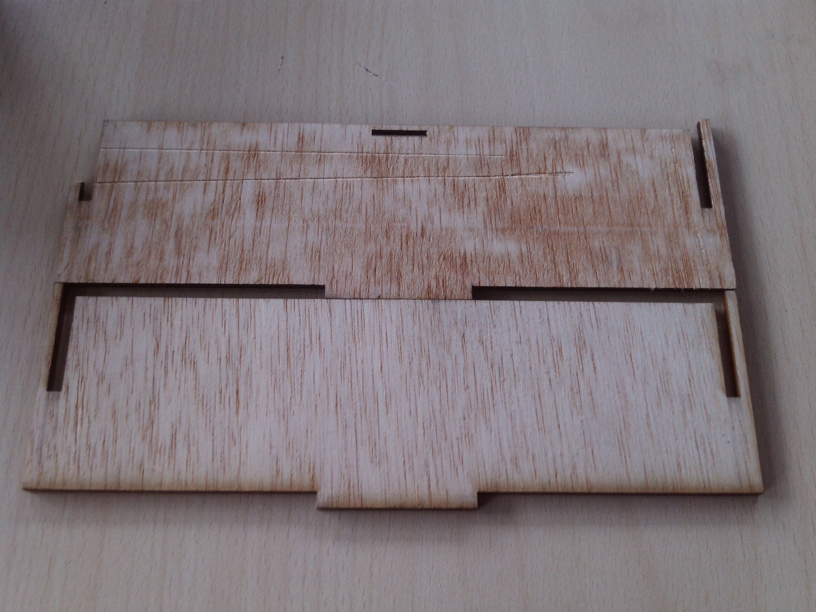 Picture of Wooden Box With a Flexible Top