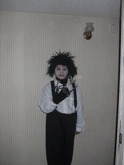 Picture of Edward Scisorhand's Costume