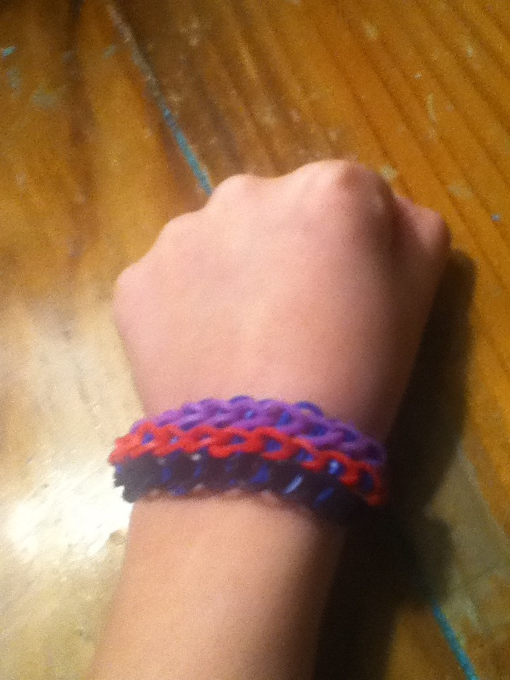 Picture of How to Make a Rubber Band Loom Braclet