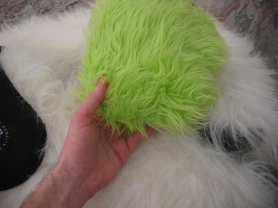 Cover the Shoulder Pads With Fur