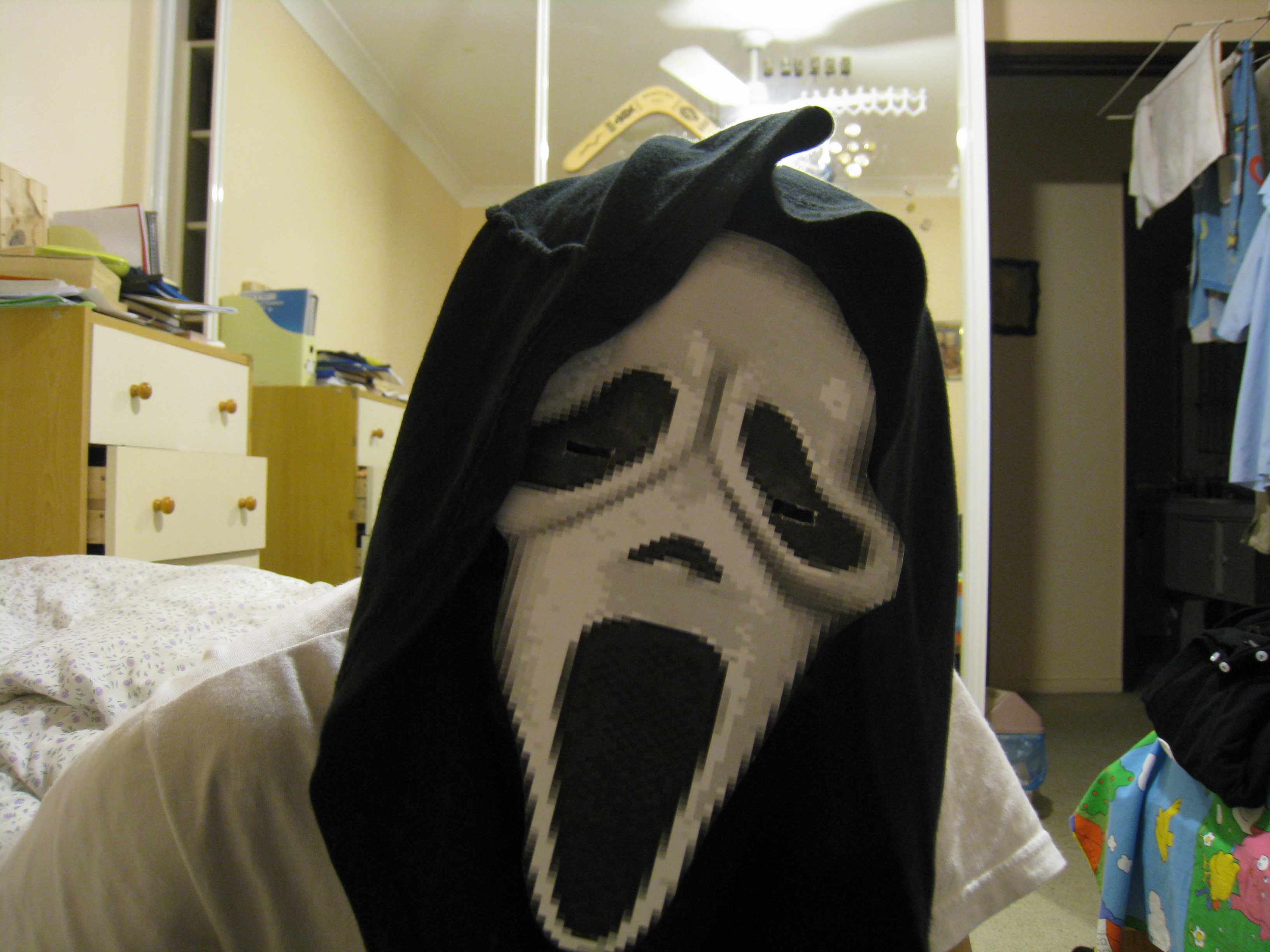 Picture of Make Your Own Free Halloween Scream Mask!