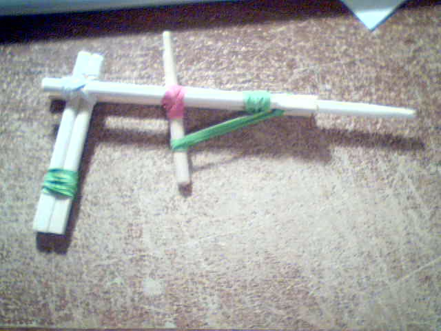 Picture of Rubber Band Gun - Pistol Style (Chopsticks and RubberBand)