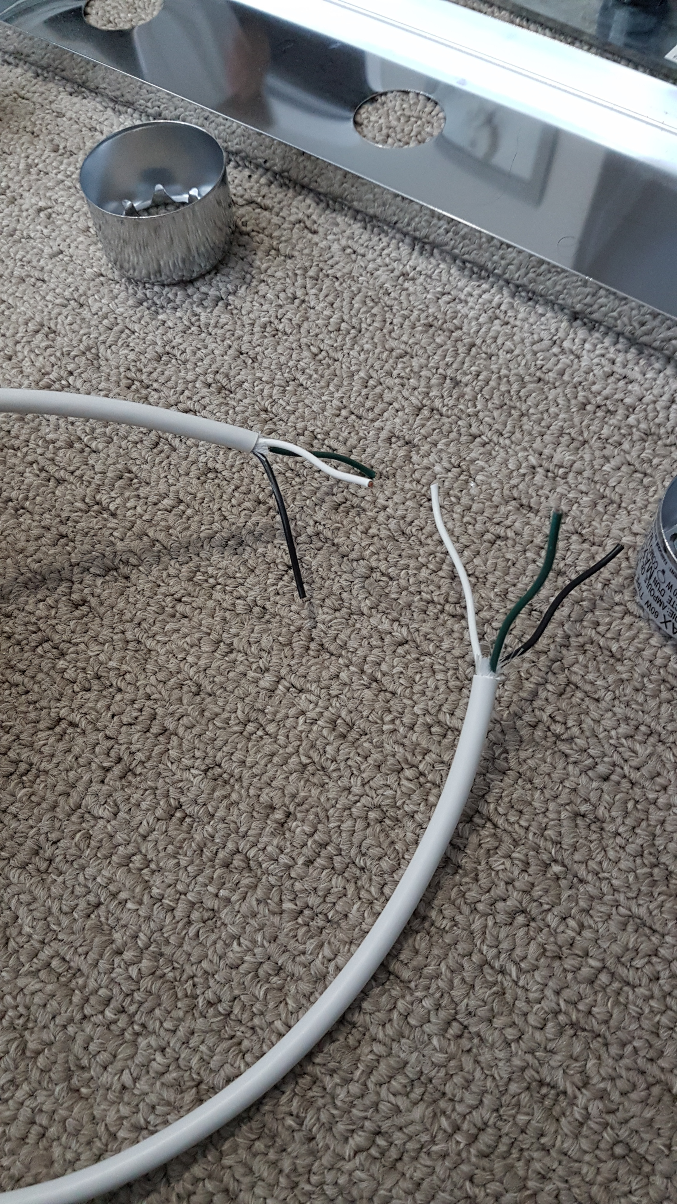 Picture of Prepare Extra Wiring for Daisy Chaining the Vanity Bars