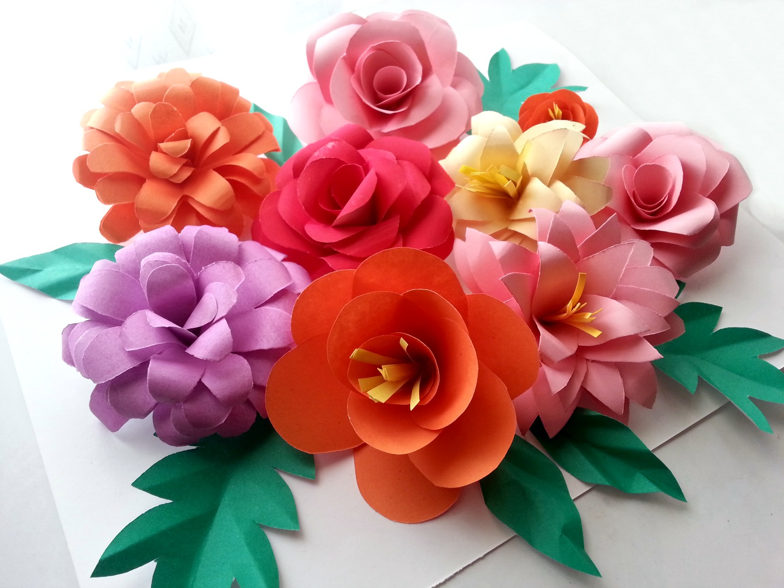 Picture of DIY Paper Flowers (Folding Tricks)