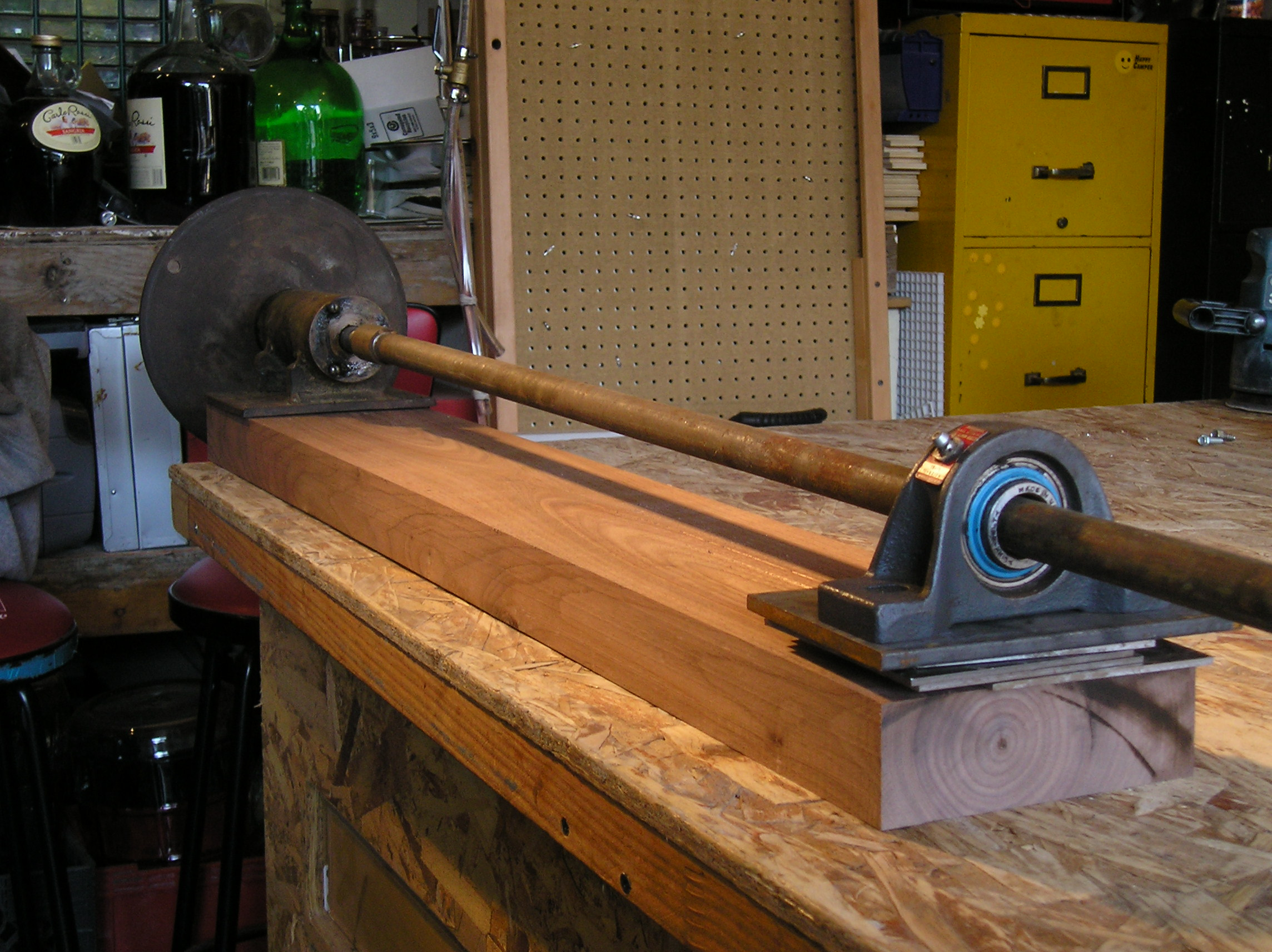 Picture of Making and Using a Hand Crank Lathe for Use With a Plasma Cutter