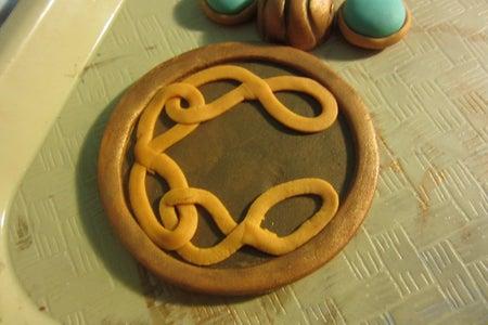 Decorate the Amulet!