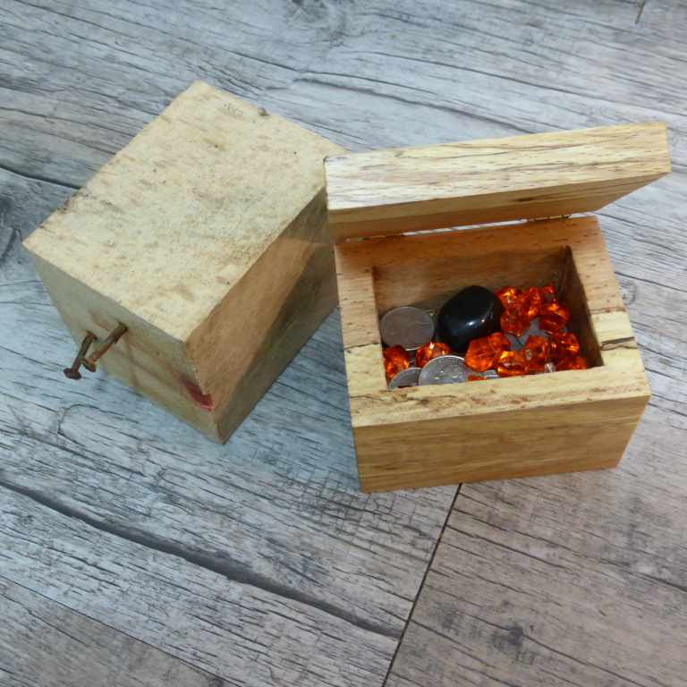 Picture of Jewel Box From Pallet Wood