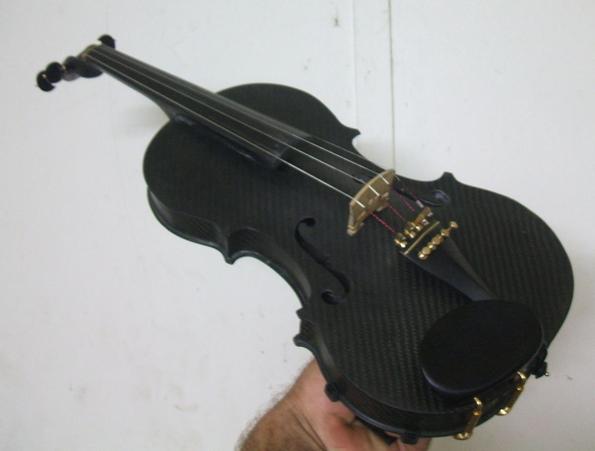 Picture of A Carbon Fibre Violin I Made From Scratch