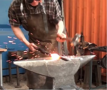Forge Welding 3 Railroad Spikes Together.